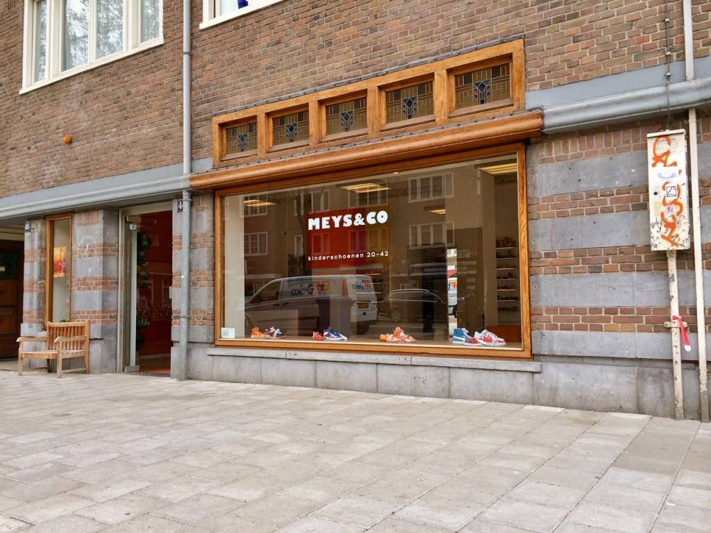 9dacbd16799 Meys & Co - winkel voor kinderschoenen in Amsterdam-Zuid